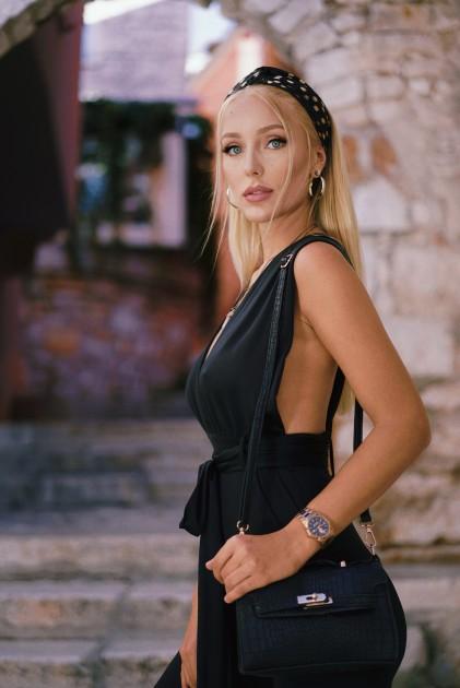 Model Gloria H.