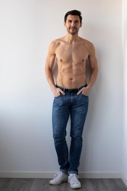 Model Yannick A.
