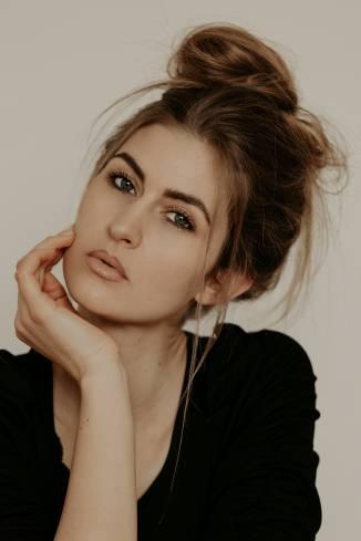 Model Vivien B.