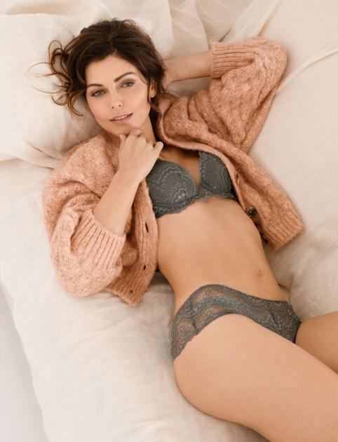 Model Maria E.