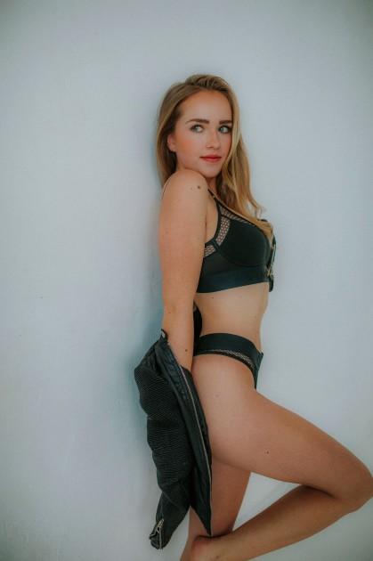 Model Chantal Colette R.