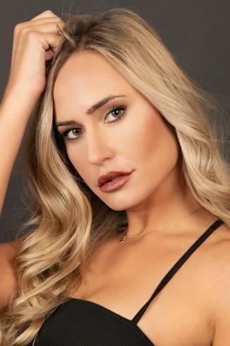 Model Sorina A.