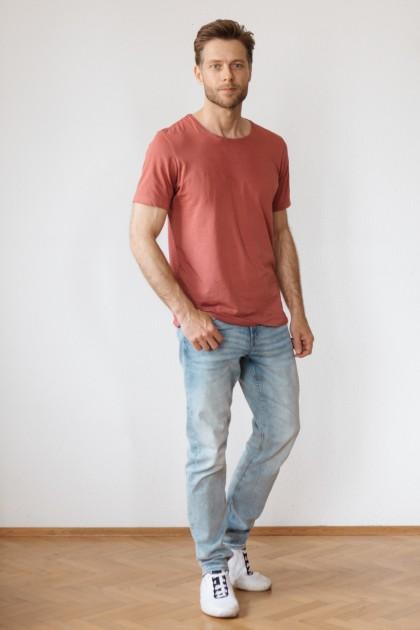 Model Enrico R.