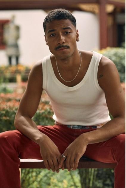 Model Julian R.