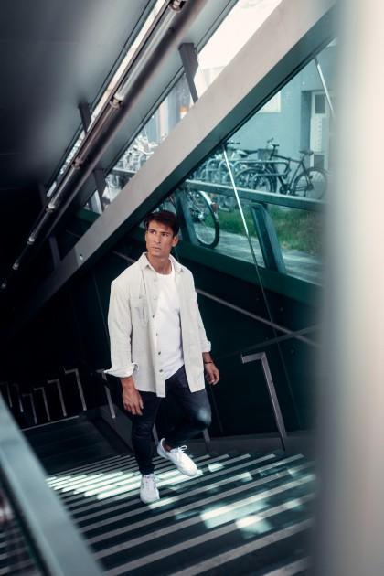 Model Lukas W.