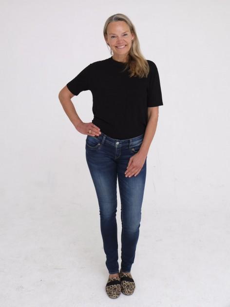 Model Sabine H.