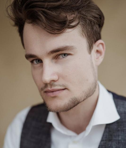 Model Christian Oscar W.