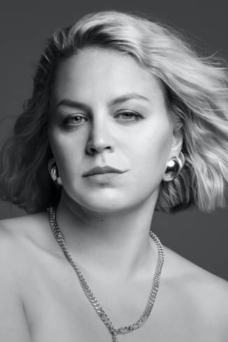 Model Jasmin M.