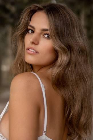 Model Sophia S.