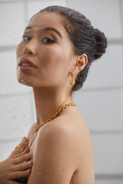 Model Sumi O.