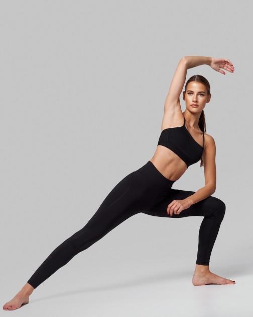 Model Celine P.