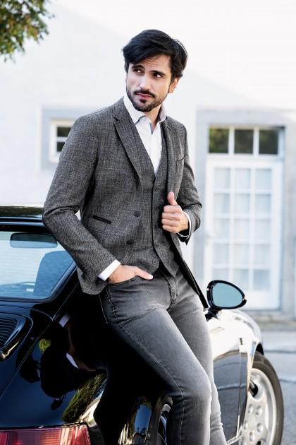 Model Marcel Gregory S.