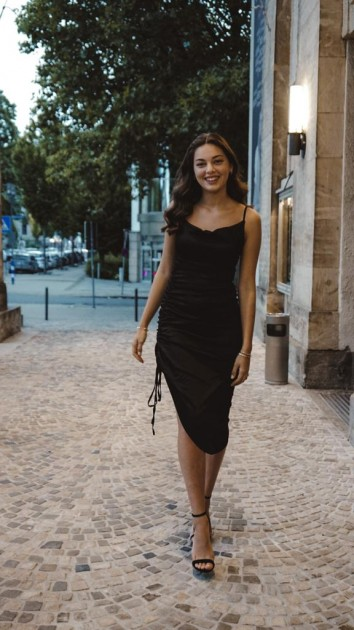 Model Arta K.
