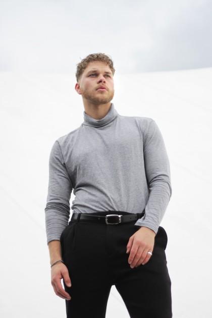 Model Jonas A.