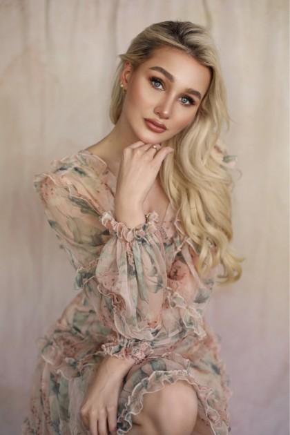 Model Anne B.